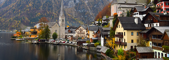 The town of Hallstatt in Austria alongside the water.